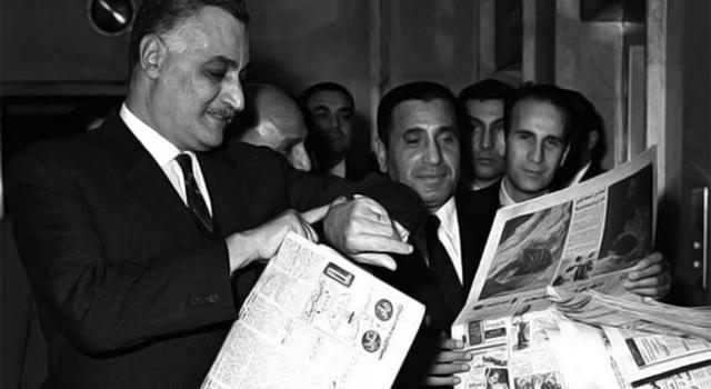 Gamal-Abdel-Nasser-et-Mohammed-Hassanein-Heykal_rec.jpg