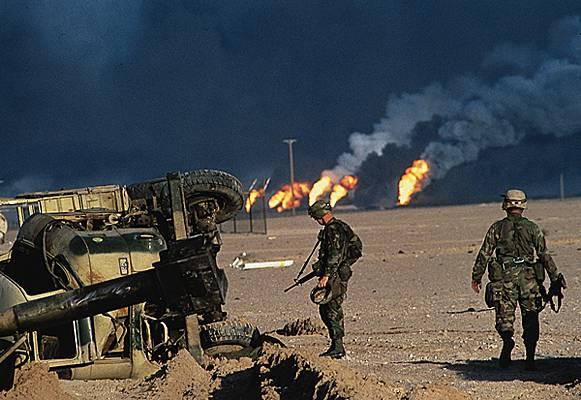 1007417-Puits_de_pétrole_en_feu_au_Koweït